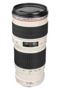برند ها و شرکت های مختلفی در سراسر دنیا وجود دارند که در عرصه تولید تجهیزات عکاسی و فیلمبرداری فعالیت دارند. شرکت کانن از قدرتمند ترین شرکت ها در این میان است که با تولید دوربین های عکاسی و فیلمبرداری و تجهیزات جانبی مانند فلاش، لنز و ... از جایگاه ویژه و خاصی در بین کاربران برخوردار است. یکی از مدل های لنزی که شرکت کانن را بیش از پیش در میان کاربران مطرح ساخت لنز Canon EF 70-200mm f/2.8L IS II USM بود اما این لنز یک مشکل اساسی دارد و آن قیمت نسبتا بالای آن است که البته بدلیل کیفیت فوق العاده آن است .مهندسین شرکت کانن به منظور در دسترس قرار دادن این لنز موفق شدند تا با ایجاد برخی از تغییرات در ساختار آن قیمت نهایی لنز را کاهش دهند و موفق شدند در نهایت لنز Canon EF 70-200mm F/4L USM را معرفی نمایند. با ما همراه باشید تا با هم با این لنز دوست داشتنی بیشتر آشنا شویم.